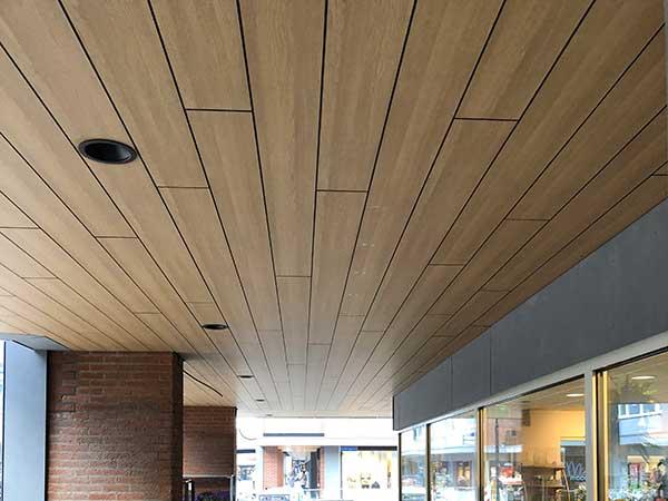 Trespa® renovatie winkelcentrum